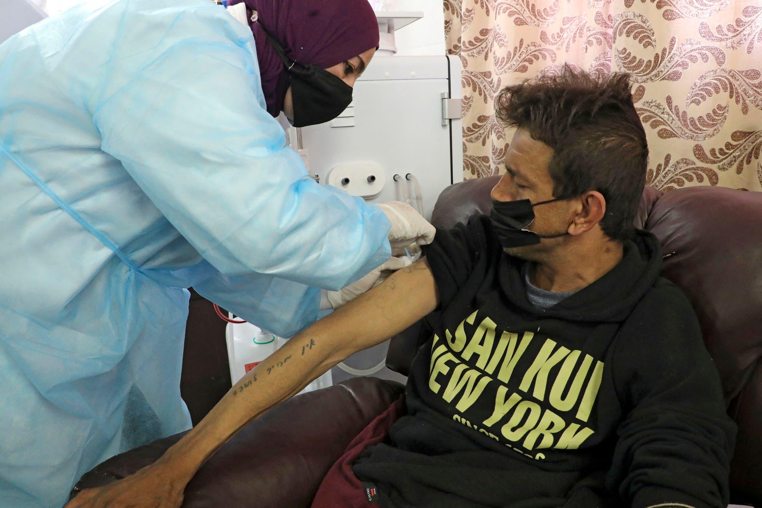 من حملة التطعيم الفلسطينية ضد كورونا