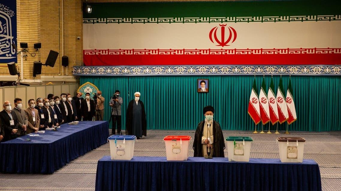 خامنئي في الانتخابات الإيرانية