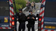 شاب يفقد يده إثر تفريق الشرطة الفرنسية لحفل موسيقي