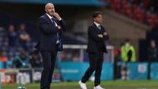 مدرب أسكتلندا يشعر بالفخر عقب الخروج من كأس أوروبا