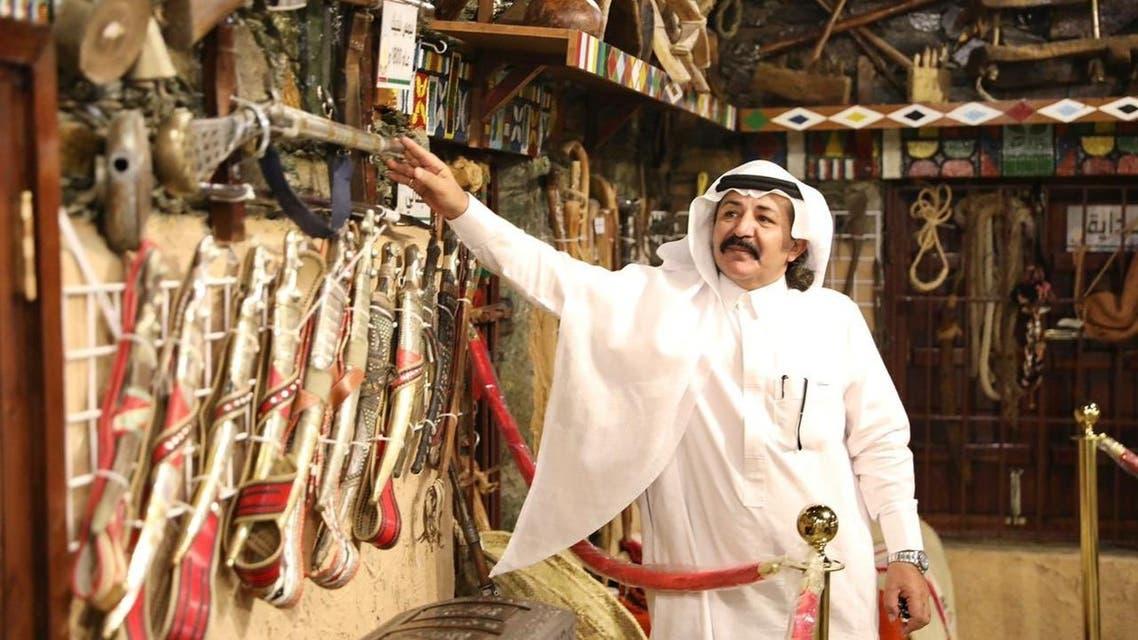 صاحب المتحف ناصر الفيان