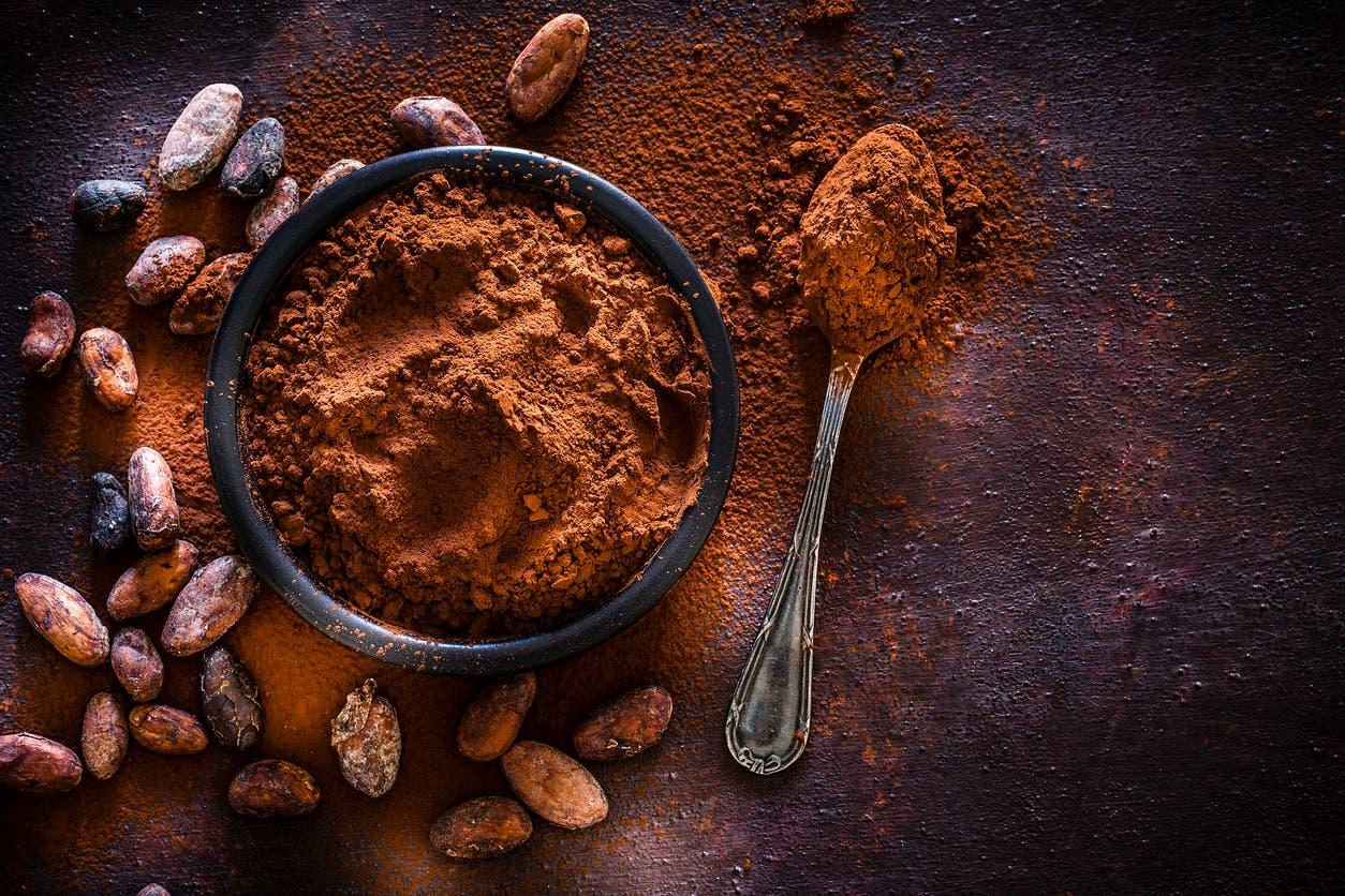 بودرة وحبوب الكاكاو