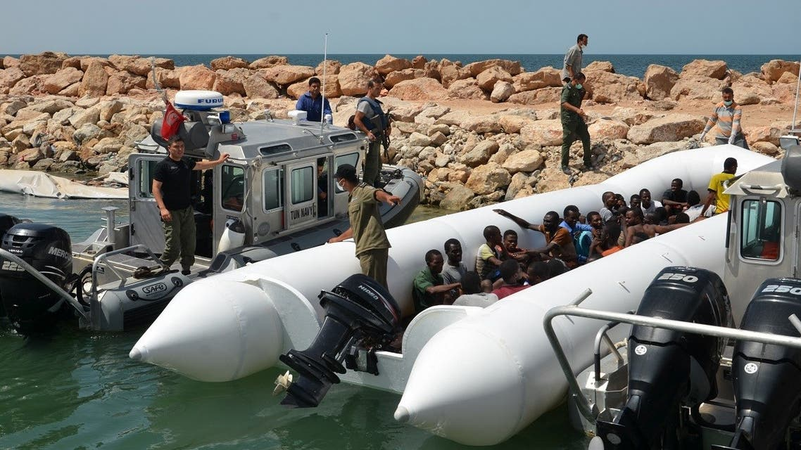 Migrants arrive at the El-Kitif port in the Tunisian town of Ben Guerdane, some 40 kilometres west of the Libyan border, following their rescue by Tunisia's coastguard and navy after their vessel overturned off Libya, on August 23, 2015. (File photo: AFP)