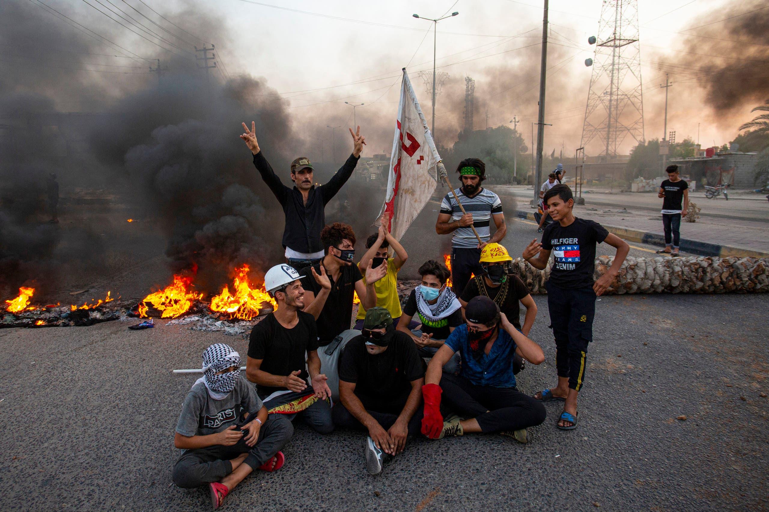 تظاهرات ضد انقطاع التيار الكهربائي في العراق(أرشيفية- فرانس برس)