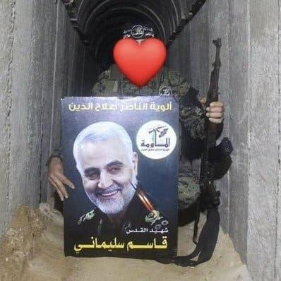 عکس سلیمانی در تونلهای غزه
