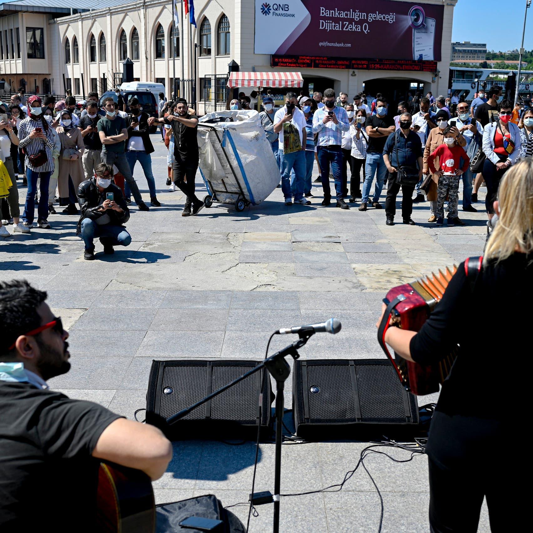 صحيفة ألمانية: اسطنبول تحظر الموسيقى بعد منتصف الليل