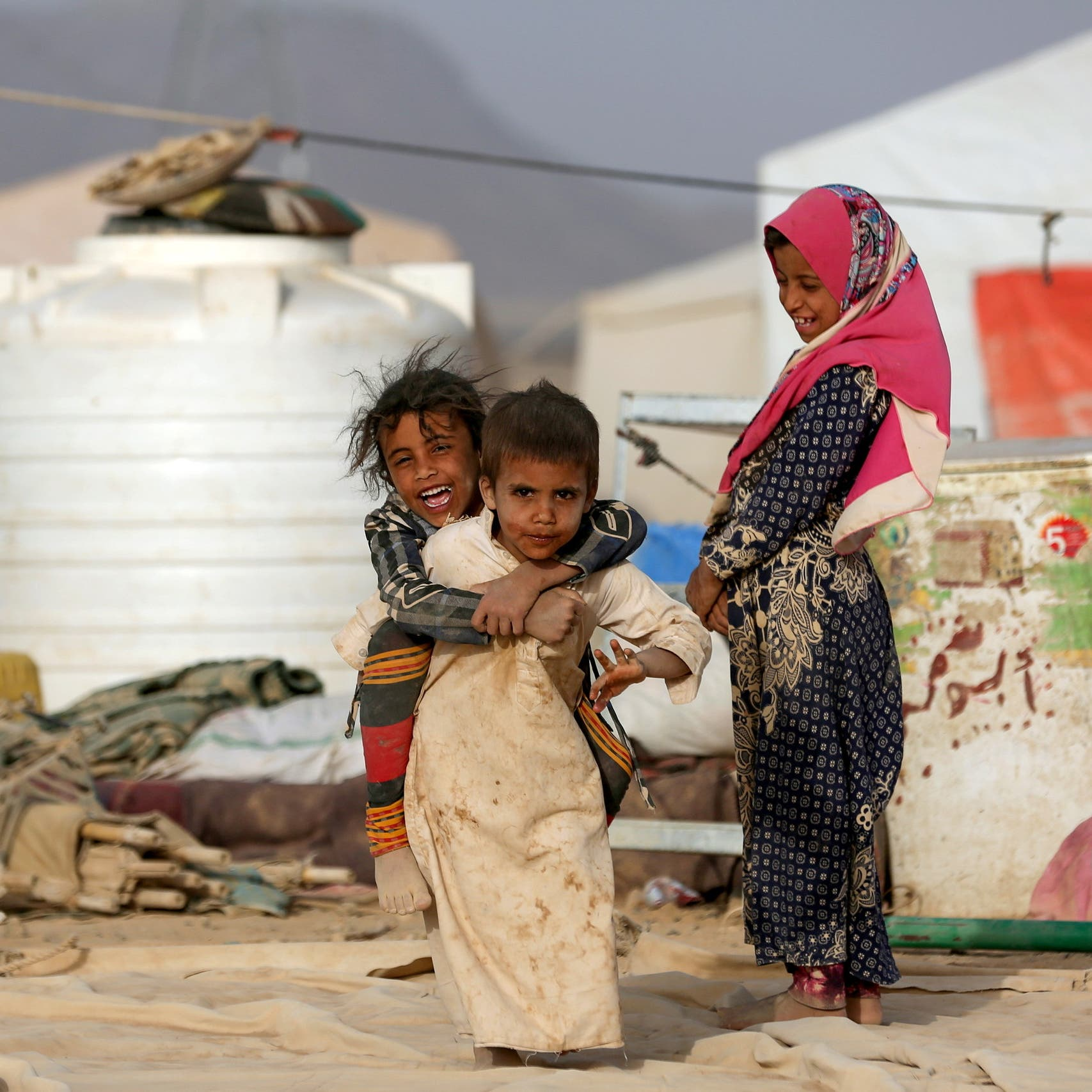 US gives $165 mln in new Yemen aid, urges others to follow