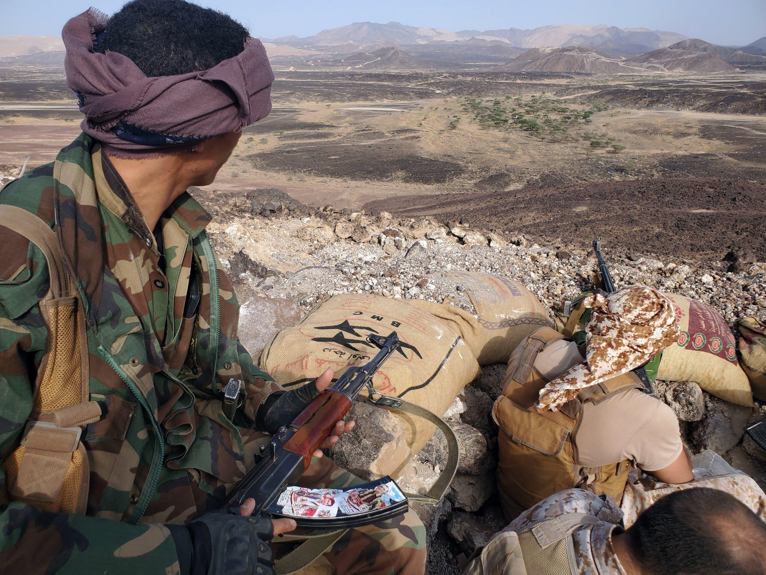 الجيش اليمني في جبهة مأرب (أرشيفية)