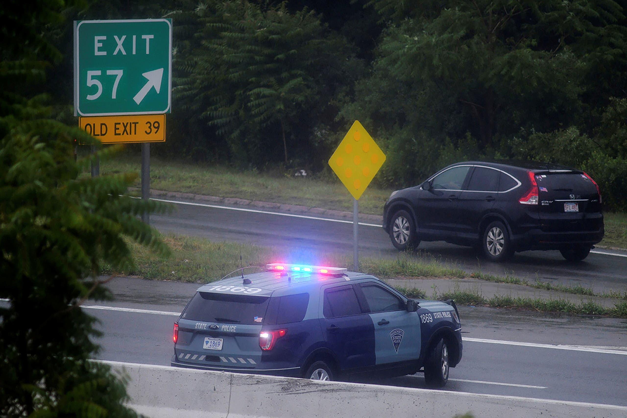 الشرطة تغلق طريقاً سريعاً قرب بوسطن