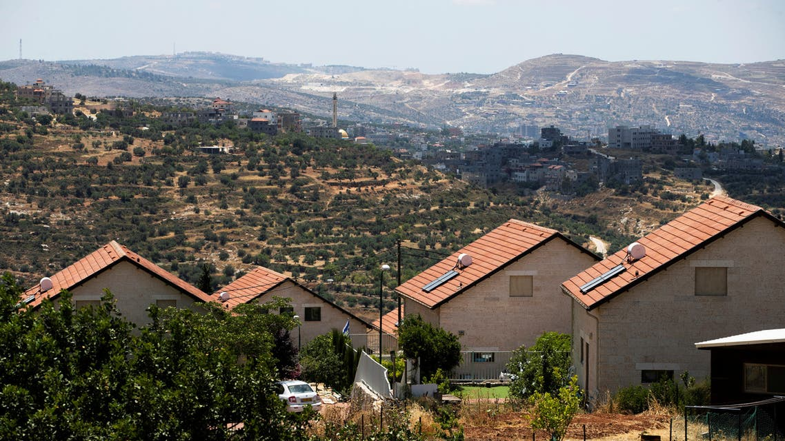 Houses are seen in the Jewish settlement of Itamar, near Nablus in the Israeli-occupied West Bank June 15, 2020. Picture taken June 15, 2020. REUTERS/Ronen Zvulun
