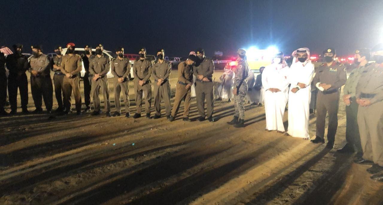 قيادات الدفاع المدني خلال تشيع الجندي الحريجي