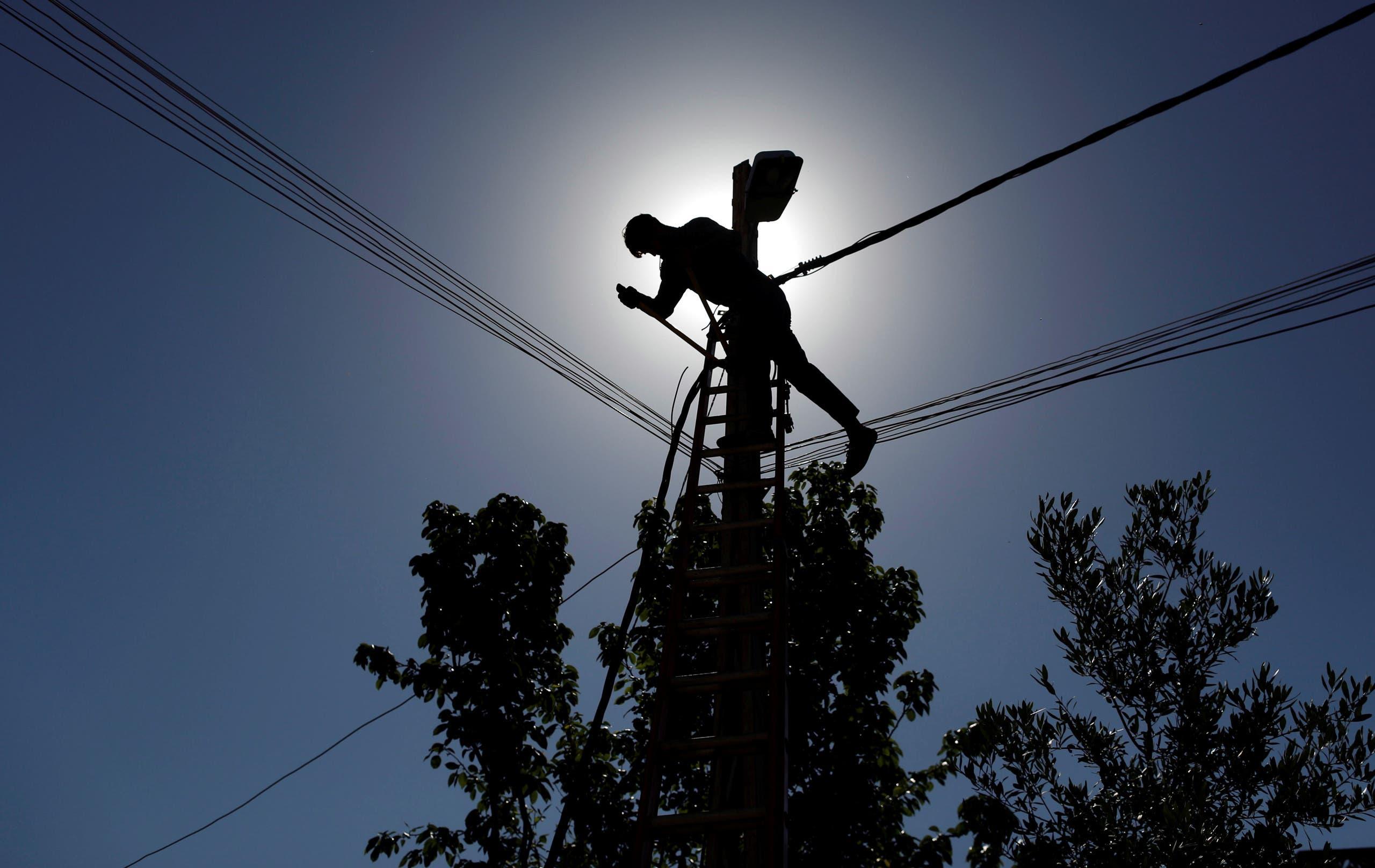 برج للطاقة في العراق (تعبيرية)
