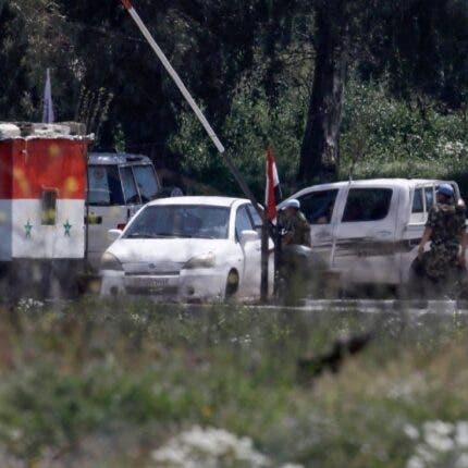 مقتل 4 بينهم ضابط من قوات النظام السوري في ريف درعا