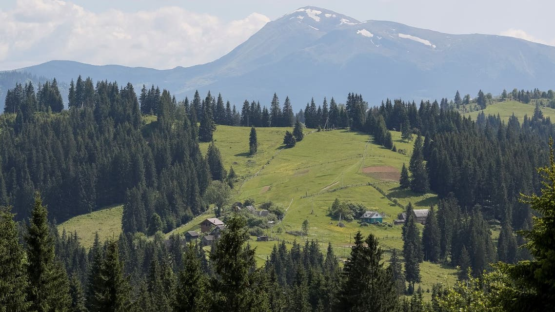 Carpathian Mountains are pictured in Yablunytsya, Ukraine, June 8, 2016. (File photo: Reuters)