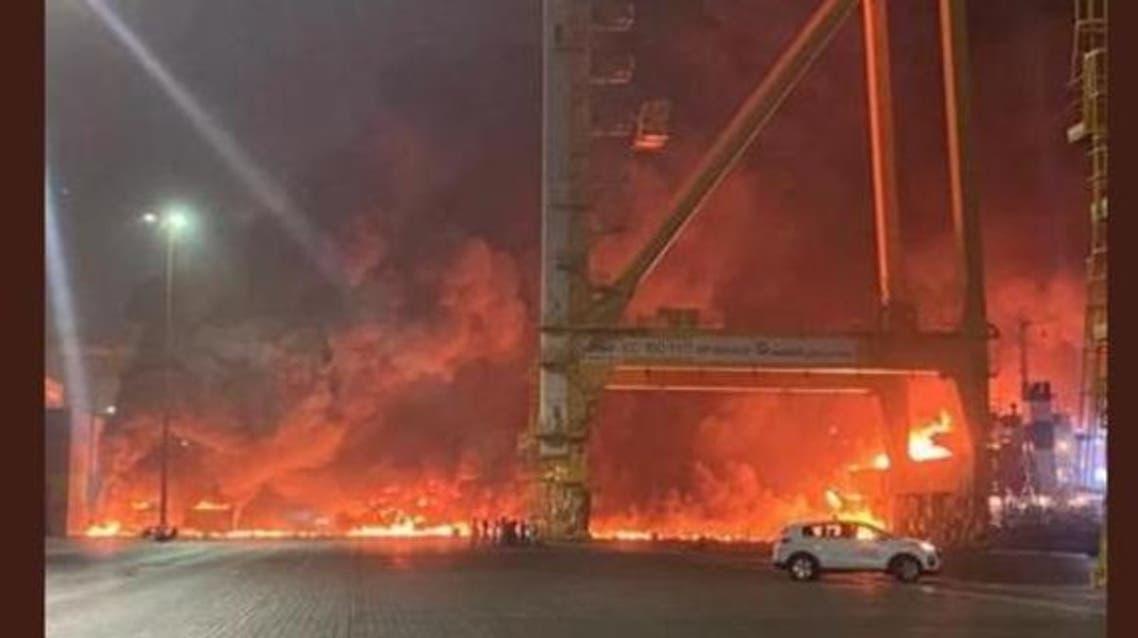 وقع انفجار مساء الأربعاء في سفينة راسية قبالة ميناء جبل علي في دبي في الإمارات.