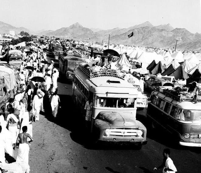 بداية ظهور الحافلات في الحج
