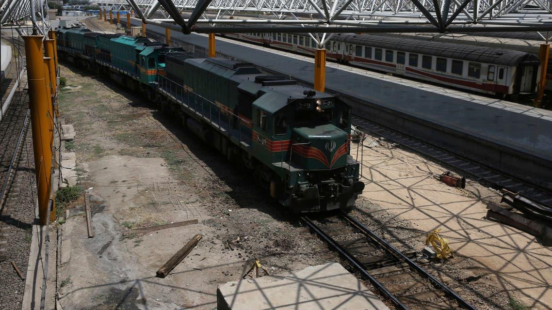إحدى القطارات في طهران (أب - أرشيفية)