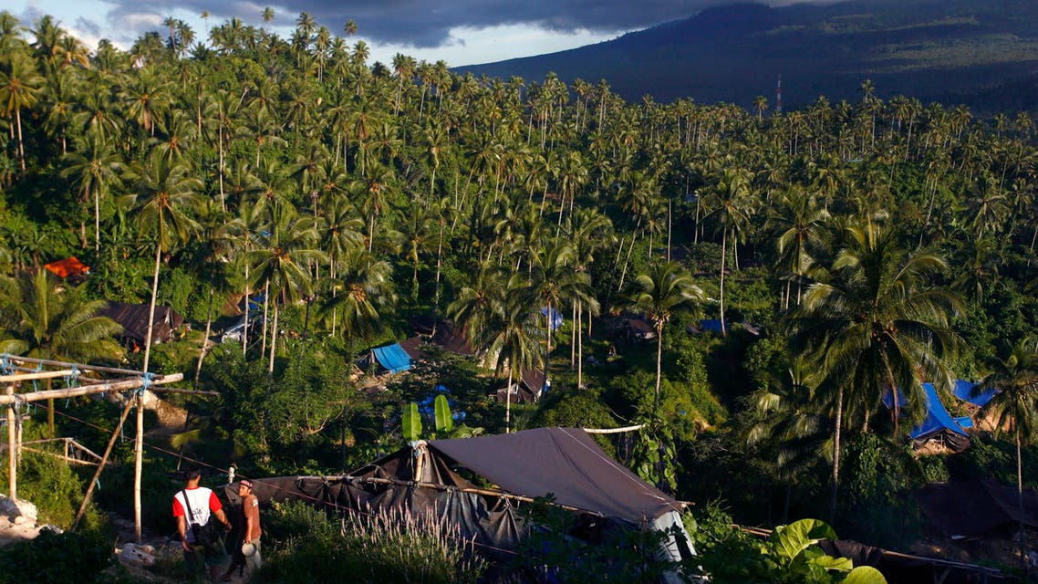 A view of Tatelu village, where villagers operate illegal gold mines in North Minahasa district of Indonesia's North Sulawesi province February 22, 2010. (Reuters)