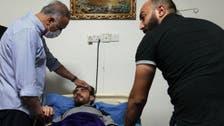 عیادت الكاظمی از فعال عراقی آزادشده از دست ربایندگان