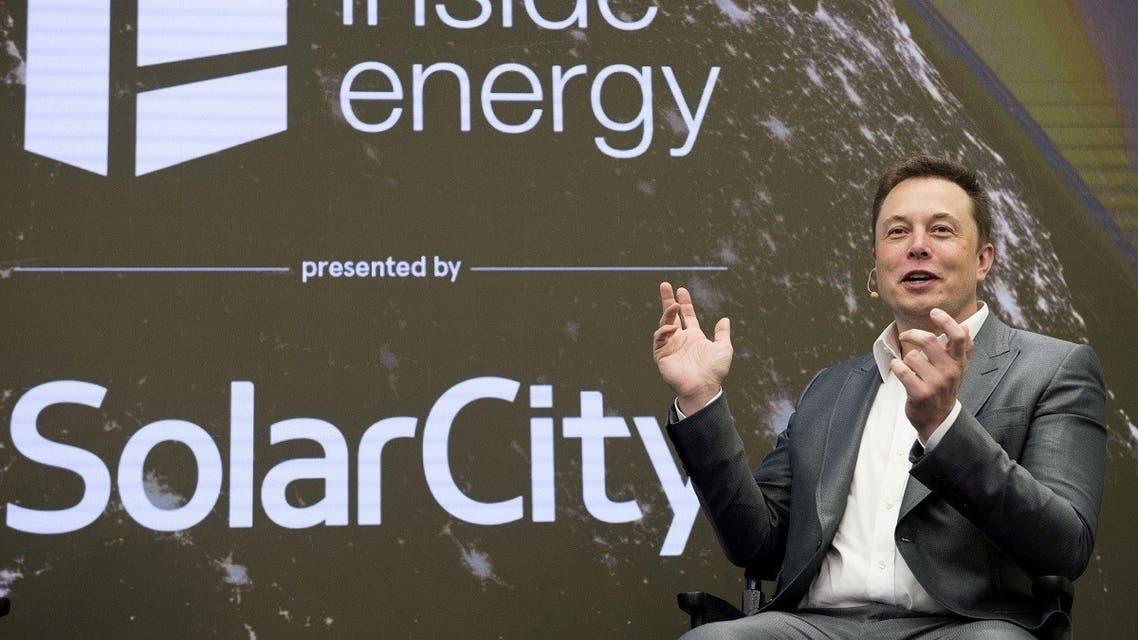 Elon Musk, Chairman of SolarCity and CEO of Tesla Motors, speaks at SolarCity's Inside Energy Summit in Manhattan, New York October 2, 2015. (Reuters/Rashid Umar Abbasi)