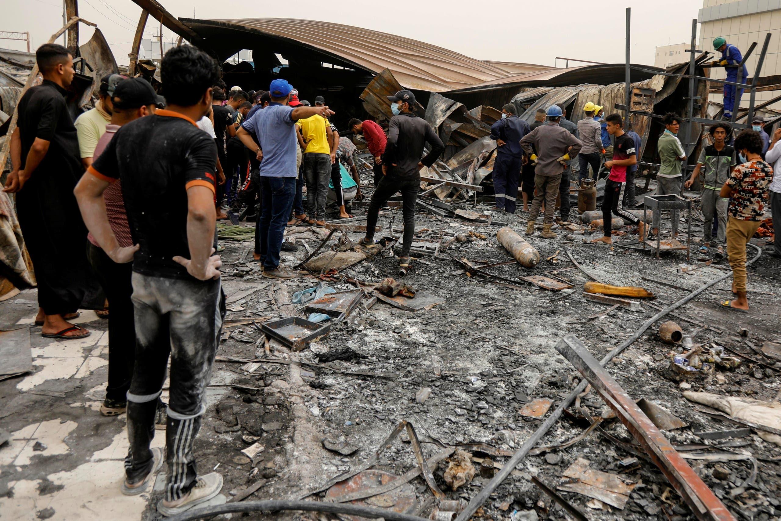 حريق مستشفى الحسين (رويترز)