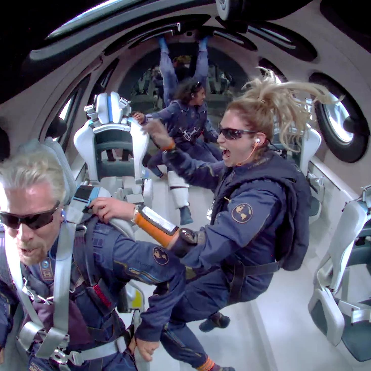 بعد سفره للفضاء.. برانسون يبيع أسهماً بـ 300 مليون دولار في فيرجن غالاكتيك