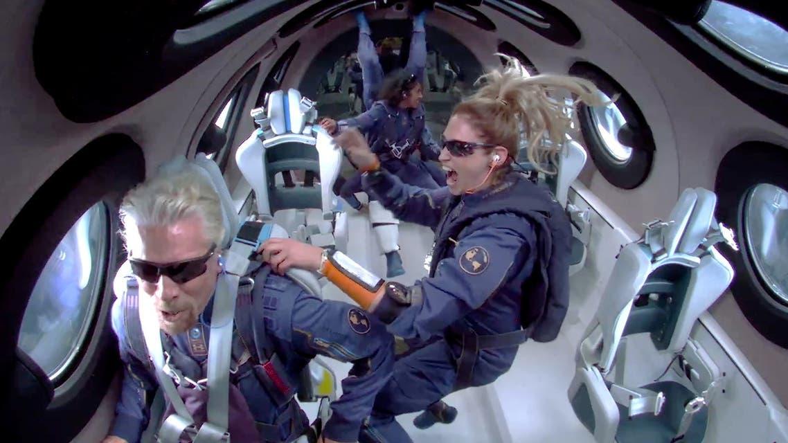 الرحلة التجريبية لشركة رحلات الفضاء التجارية مع المؤسس السير ريتشارد برانسون