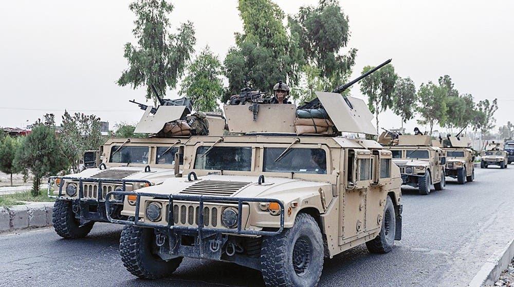 جنود أفغان خلال مهمة عسكرية ضد «طالبان» في قندهار (رويترز)