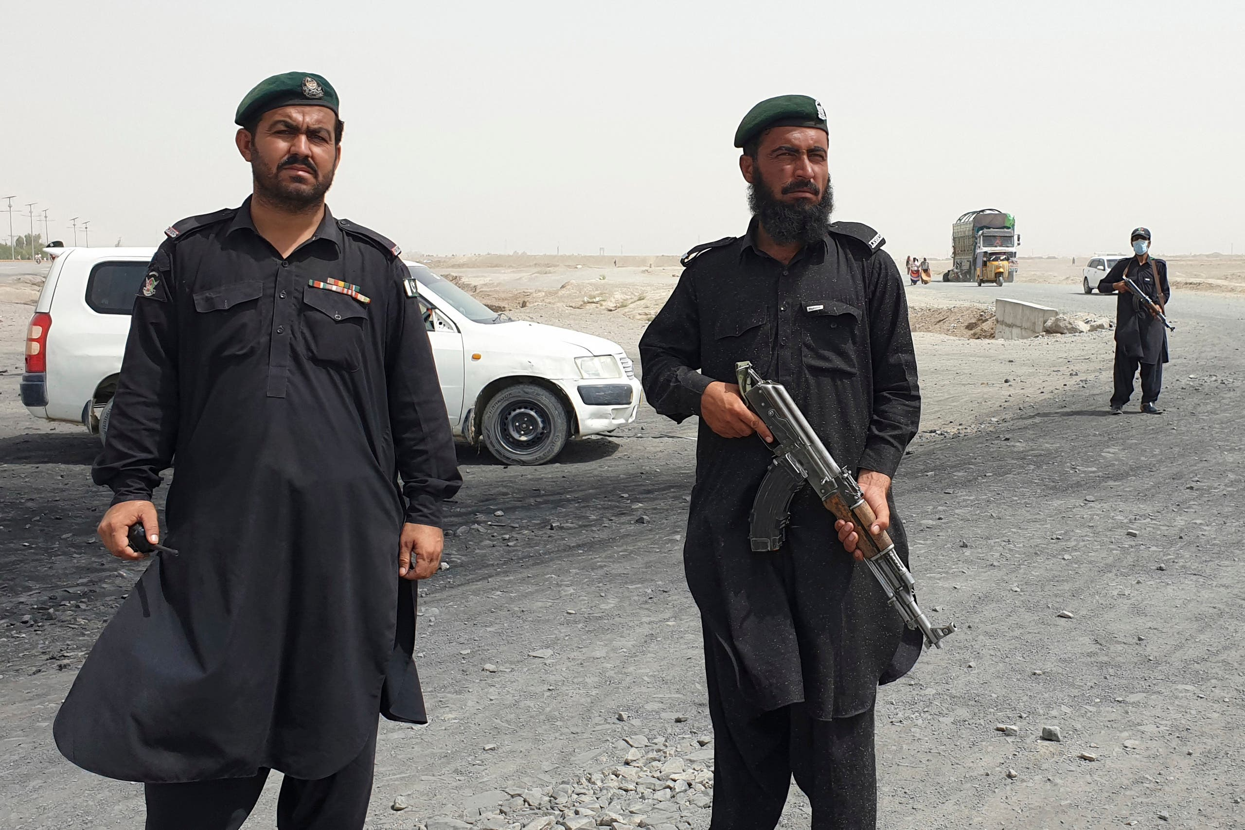Afghan border guards in Spin Boldak near the border with Pakistan, where fighting with the Taliban broke out