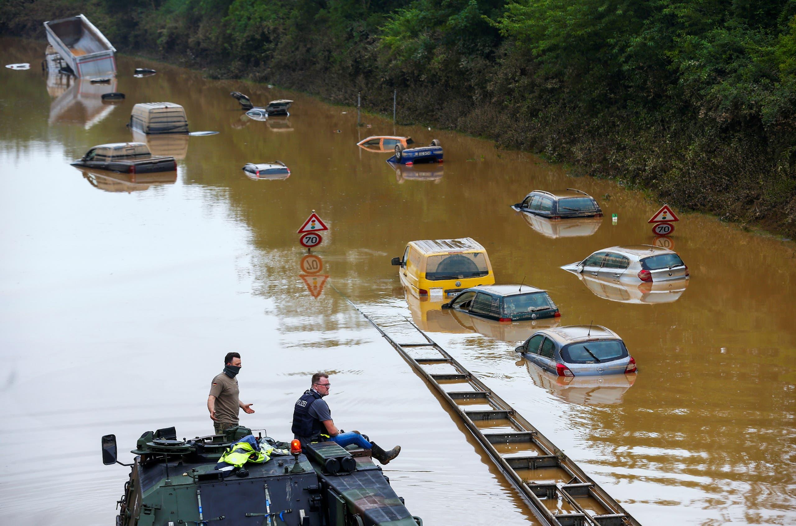 المياه تغمر الطرقات في ألمانيا