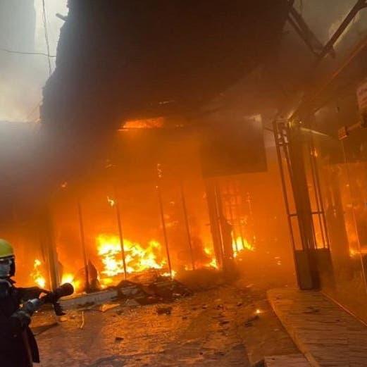 شاهد.. إخماد حريق بفندق في كربلاء وإنقاذ 78 نزيلاً