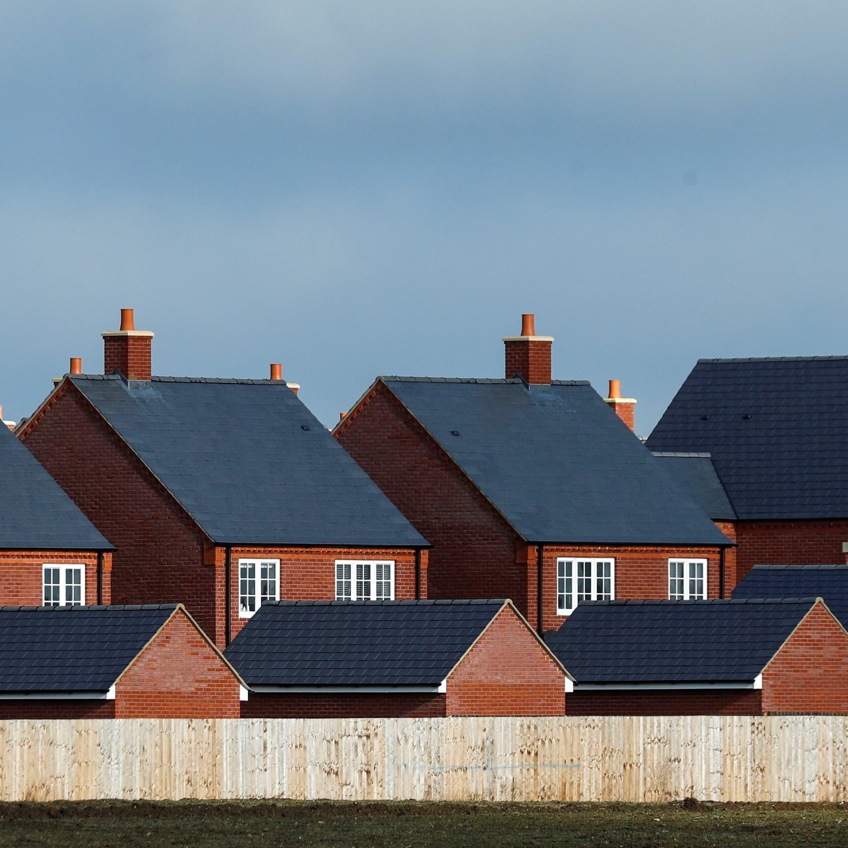 أسعار المنازل في بريطانيا تسجل أعلى مستوياتها للشهر الرابع