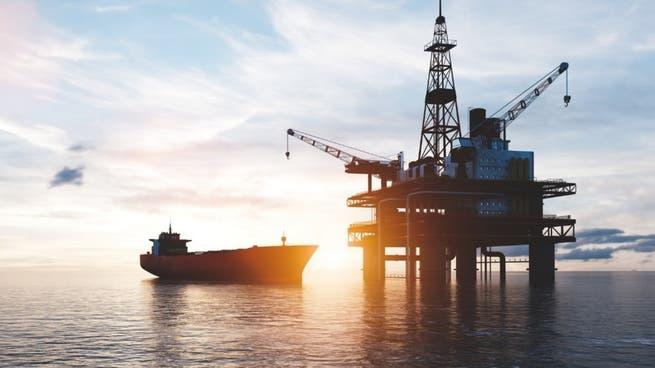 بعد مكاسب لـ4 أشهر.. النفط يتراجع وسط تباطؤ الصين وموجة دلتا