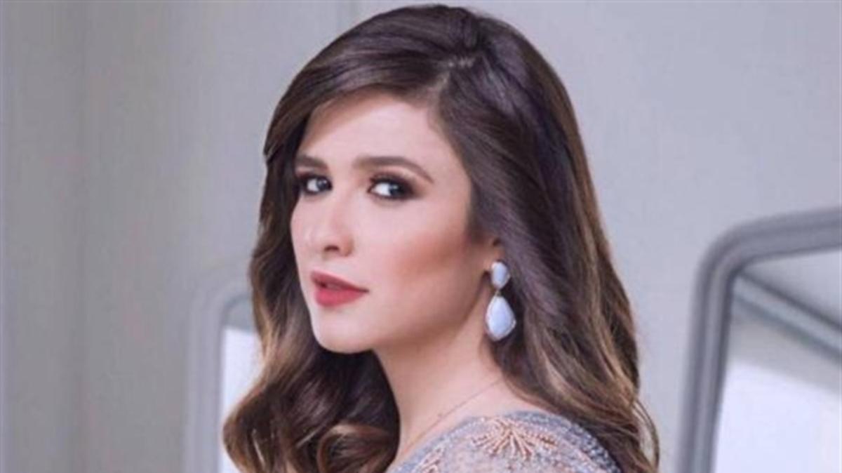 """""""ليس سحرا أسود"""".. طبيب ياسمين عبدالعزيز يكشف تطورات حالتها الصحية"""