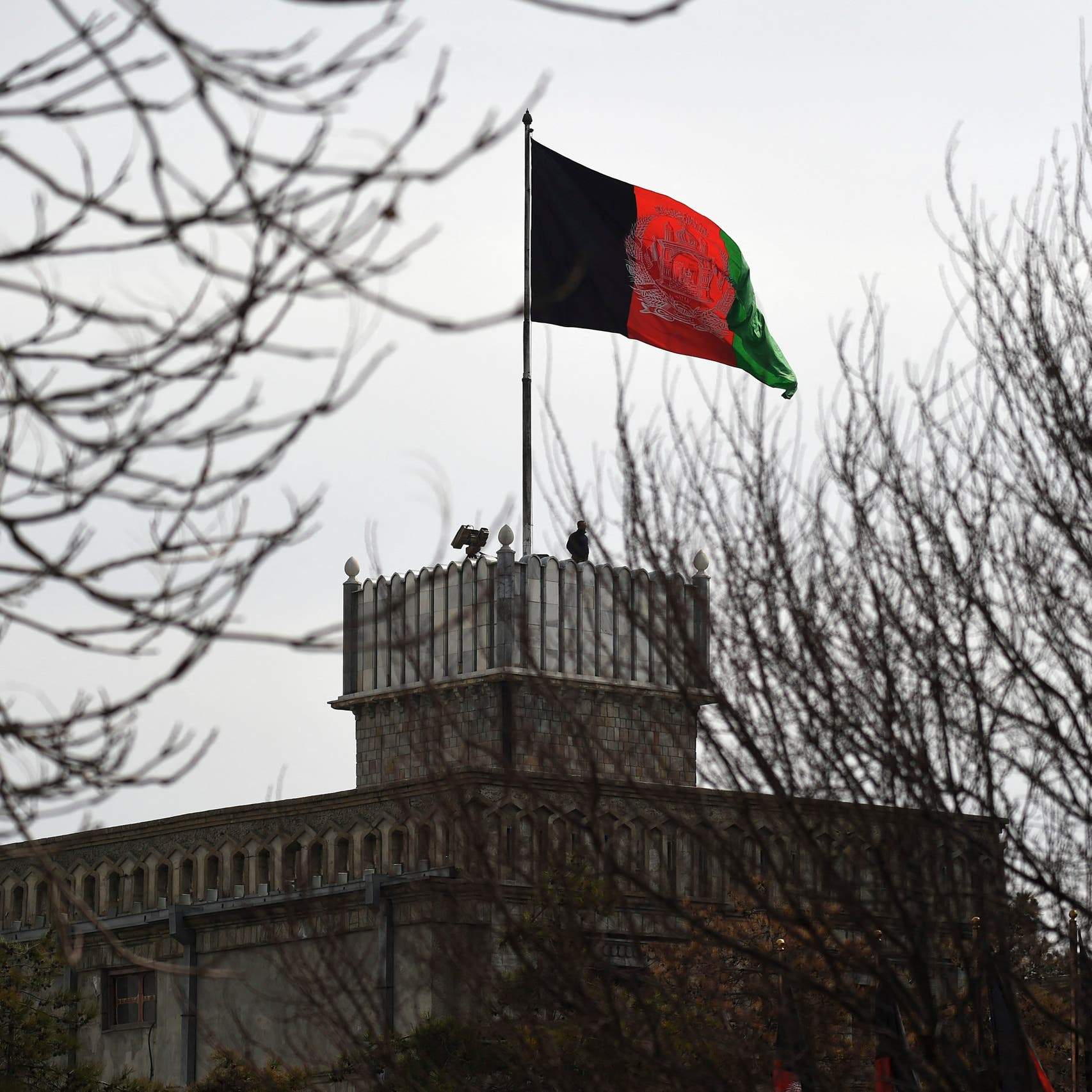 Rockets fired at Afghanistan's presidential palace in Kabul during Eid prayers