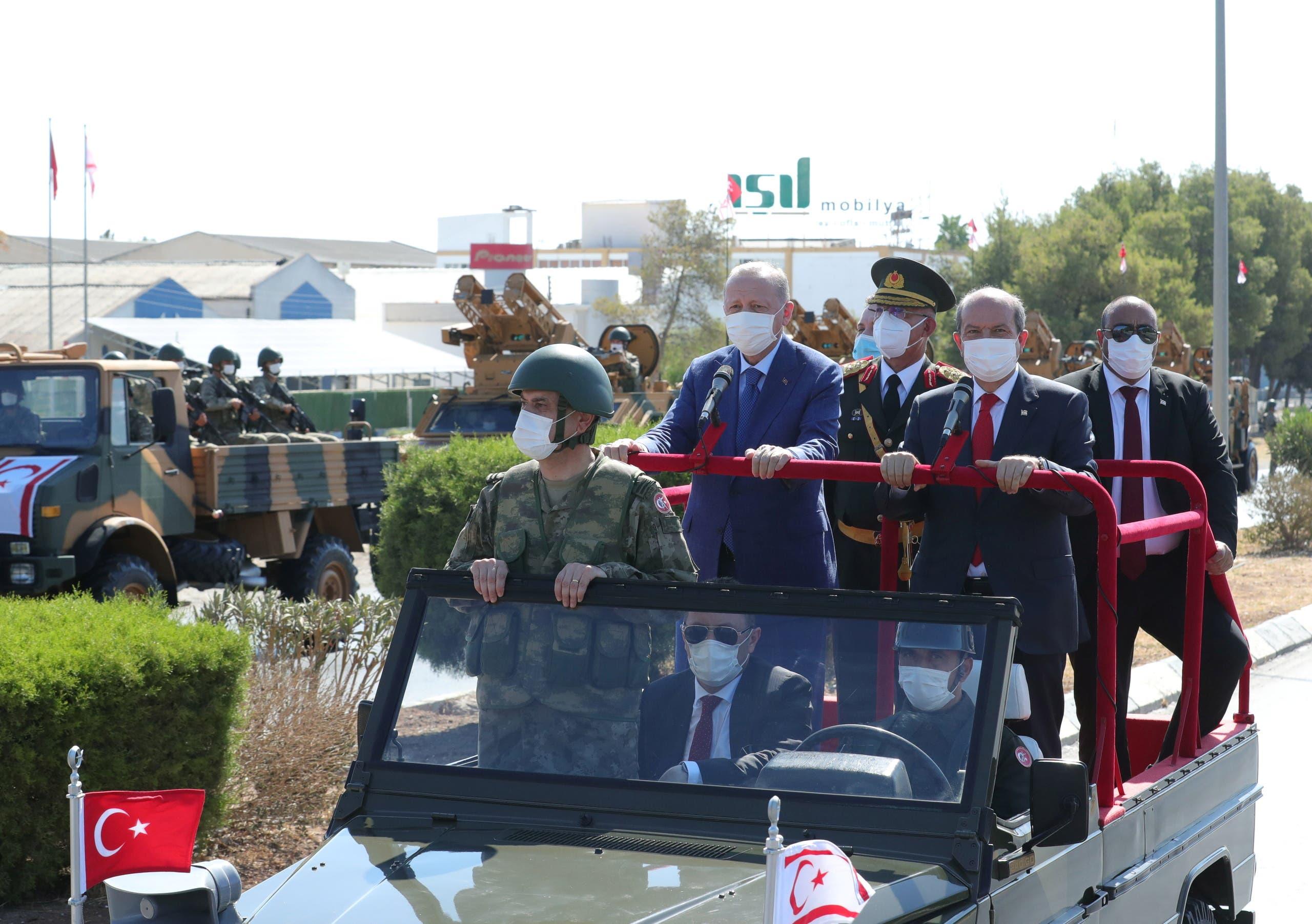 الرئيس التركي رجب طيب أردوغان في زيارة إلى شمال قبرص في يوليو الماضي (أرشيفية)