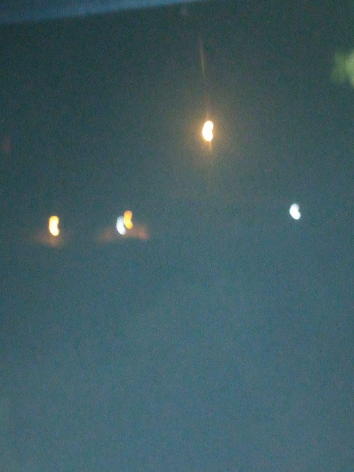 إطلاق إسرائيل لقنابل مضيئة في جنوب لبنان ليل الاثنين-الثلاثاء