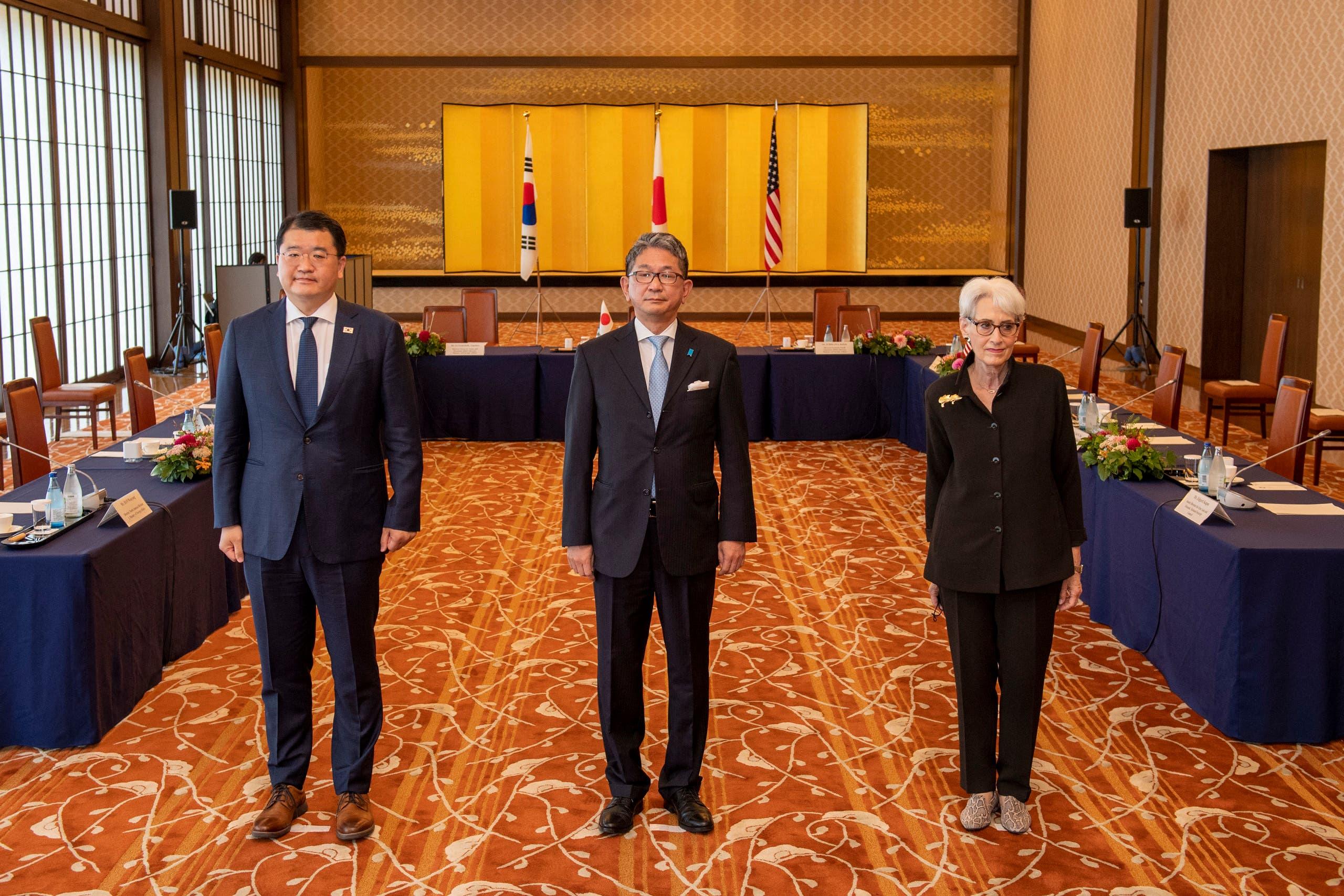 شيرمان التقت اليوم في طوكيو نائي وزيري خارجية اليايبان وكوريا الجنوبية