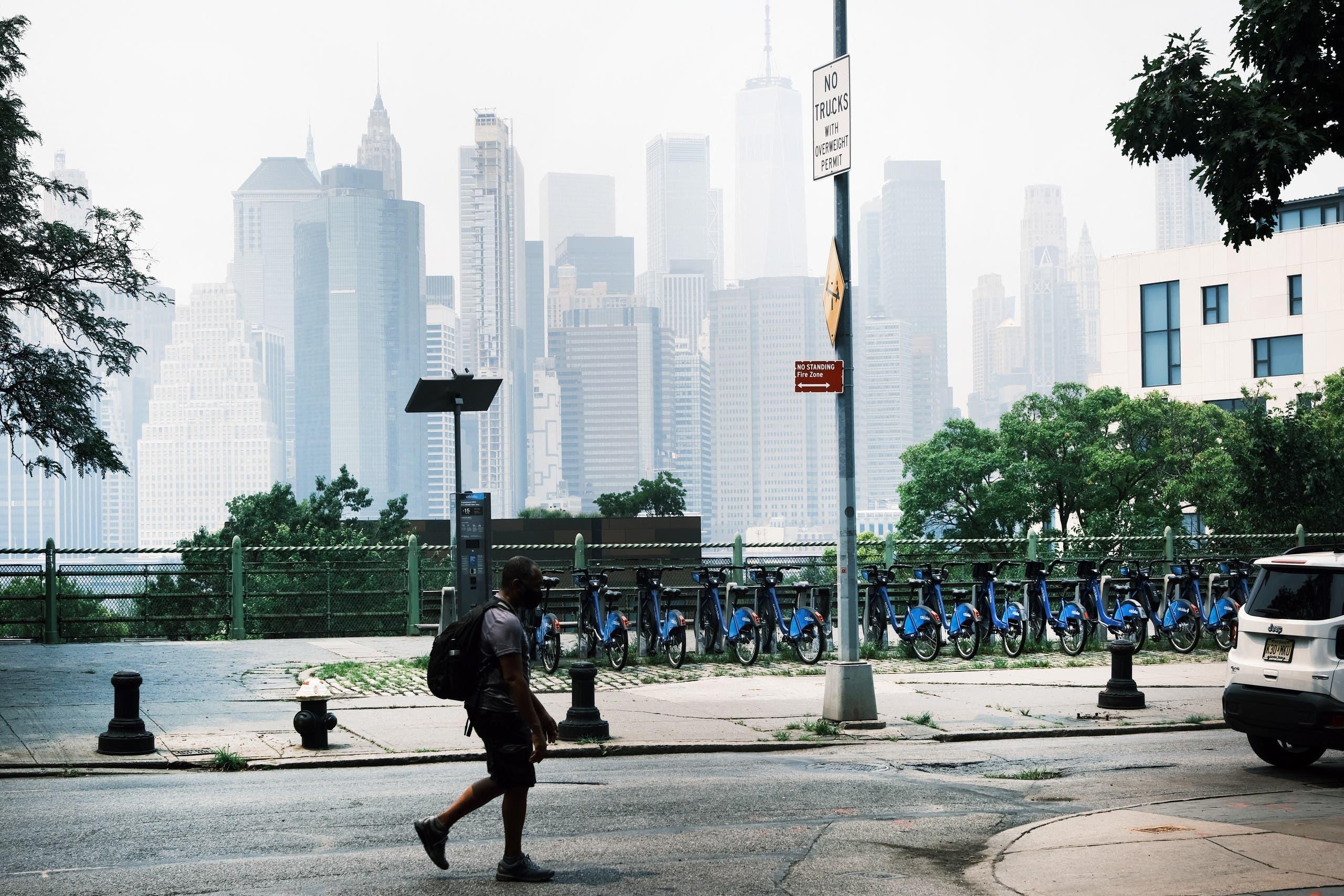 الضباب الدخاني يلف نيويورك