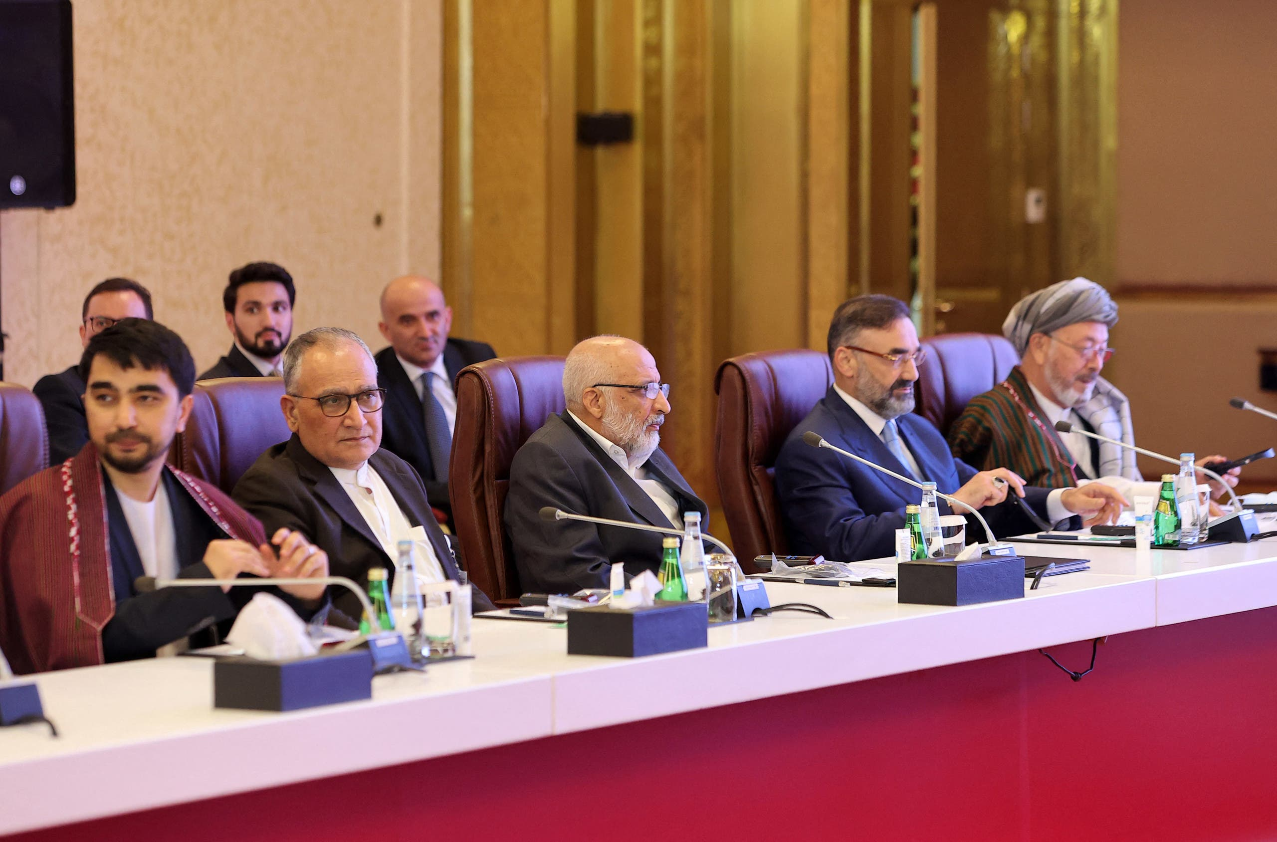وفد الحكومة الأفغانية في المفاوضات في الدوحة