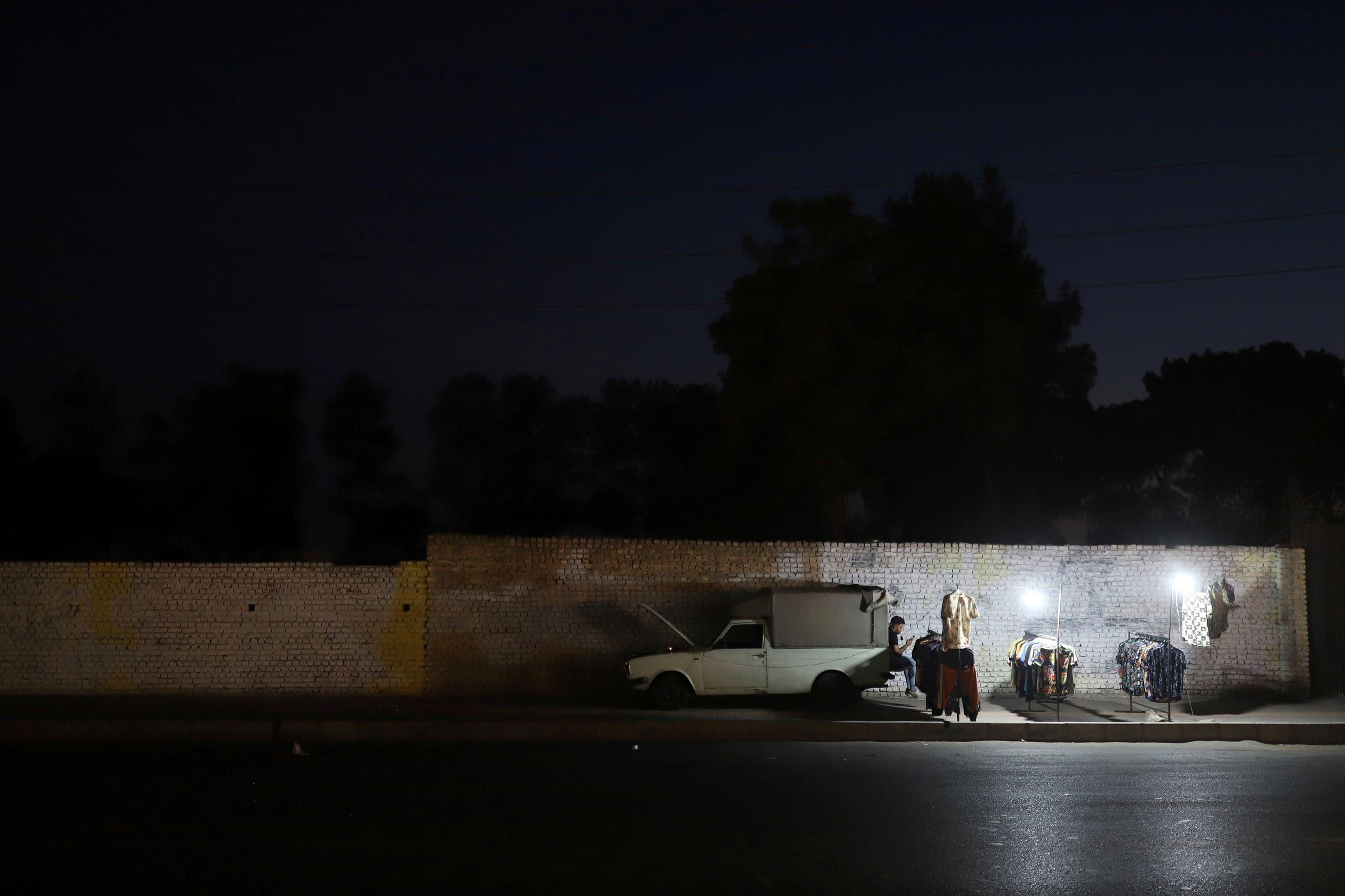 انقطاع الكهرباء في طهران مطلع يوليو (رويترز)