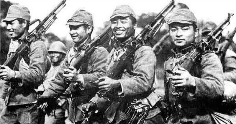 جنود يابانيون عقب تدخلهم بالصين