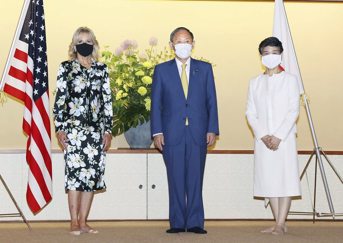 US First Lady Jill Biden meets with Japan's Prime Minister Yoshihide Suga and his wife Mariko Suga at Akasaka Palace State Guest House ahead of the opening of the Tokyo 2020 Olympic Games in Tokyo, Japan, July 22, 2021. (Reuters)