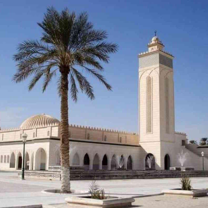 مختل عقليا يقتل إماماً أثناء ركوعه في جريمة هزت الجزائر