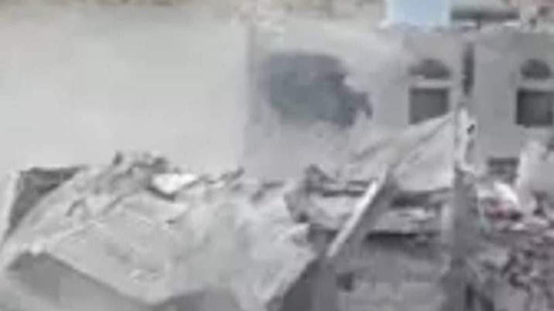 أقدمت ميليشيا الحوثي الانقلابية، اليوم الأحد، على تفجير منزل أحد المواطنين في محافظة البيضاء وسط اليمن.