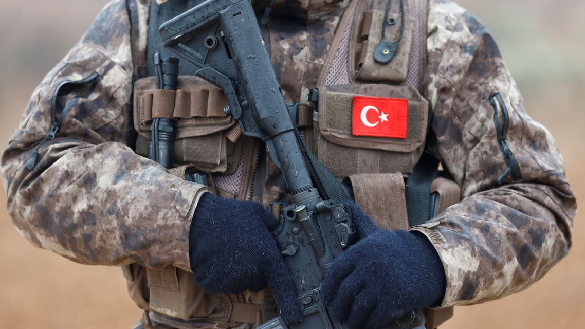 A member of Turkish police special forces stands guard in Azaz, Syria January 24, 2018. (Reuters)