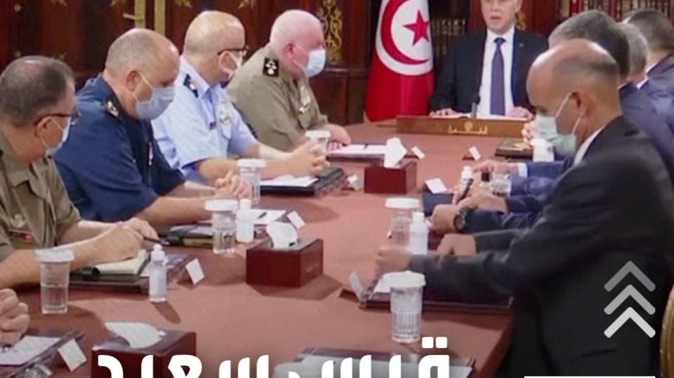 بعد تجميد البرلمان وإعفاء المشيشي.. قيس سعيد يعفي وزيري الدفاع والعدل