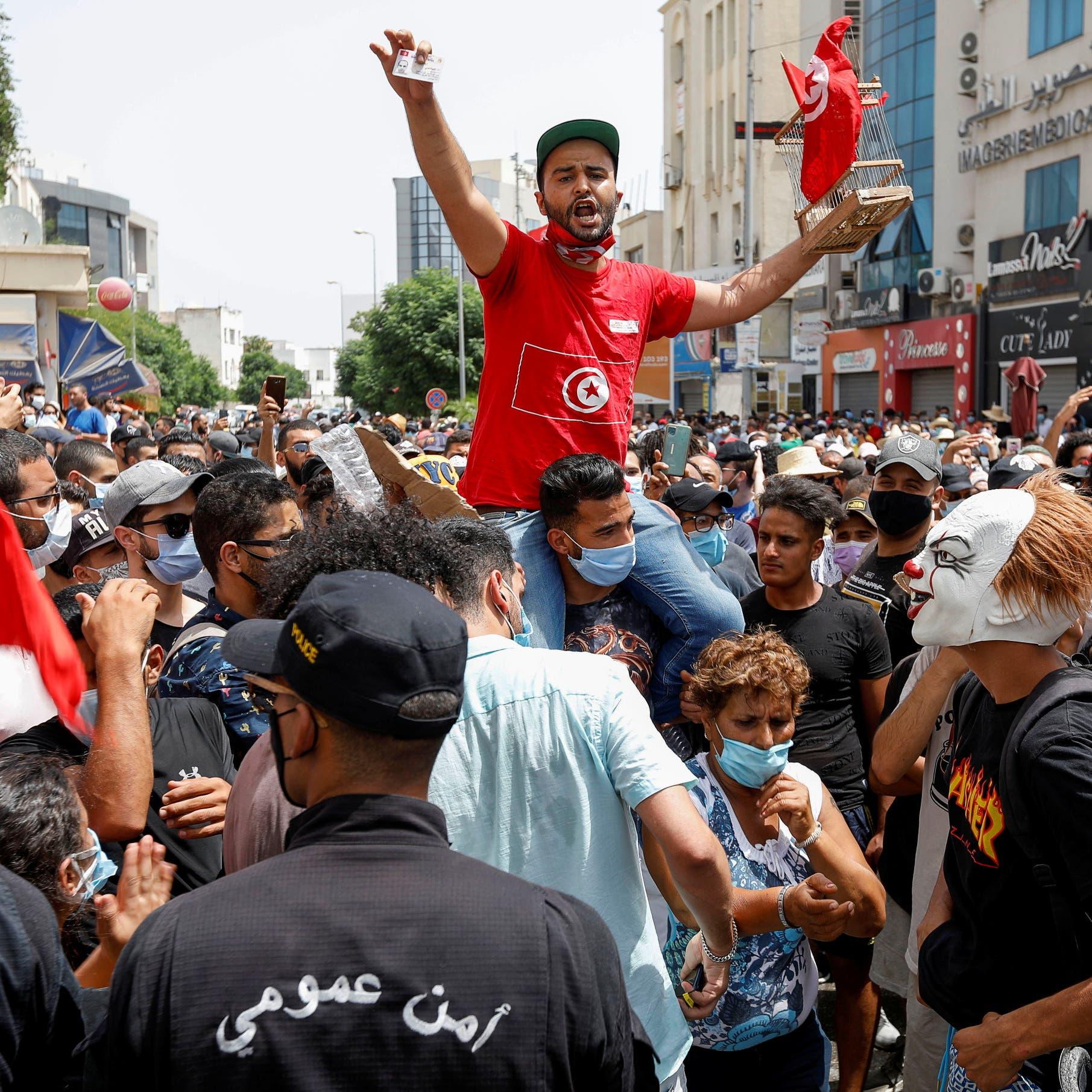 """""""الإخوان"""" تهدد التونسيين: إعادة البرلمان أو تخريب ودماء"""