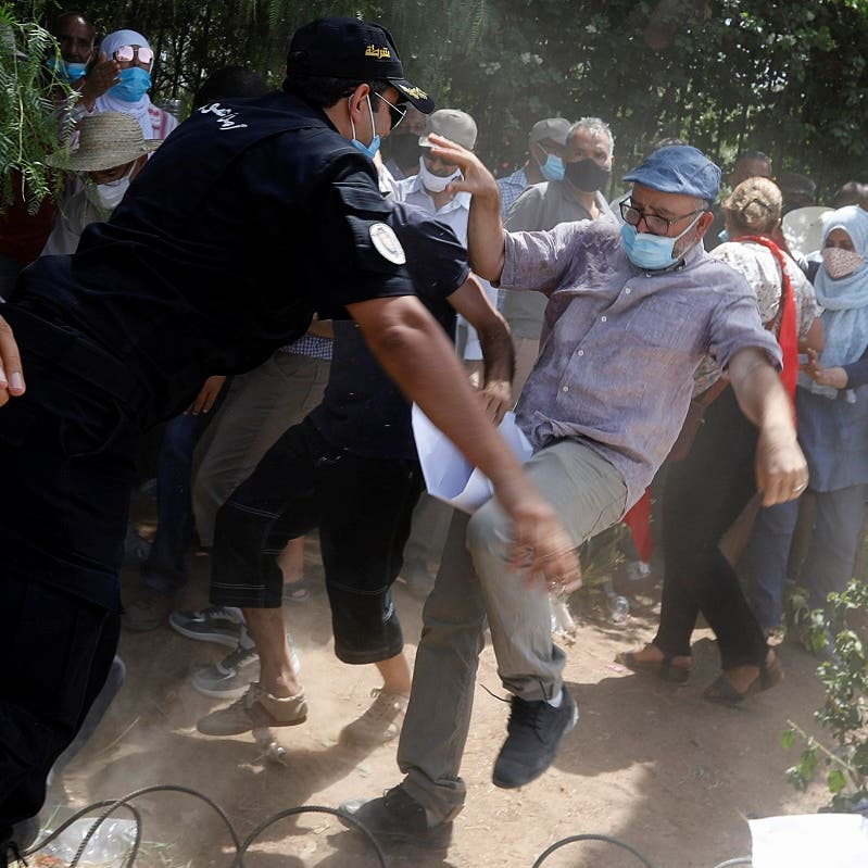 Islamist Ennahda supporters attempt to storm Tunisian parliament