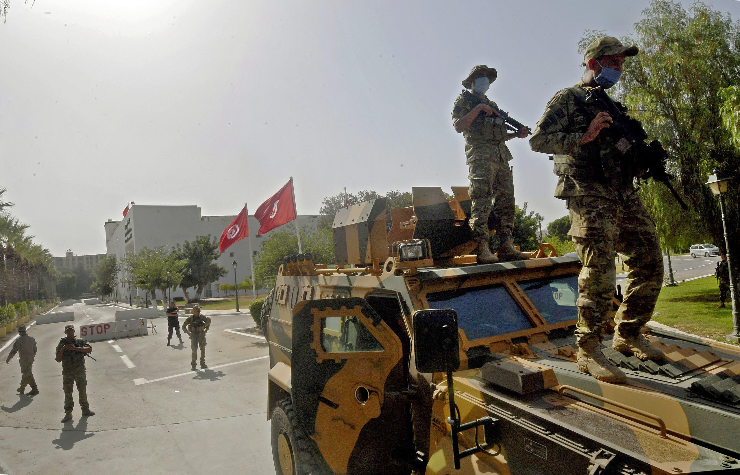 الجيش التونسي في محيط البرلمان اليوم